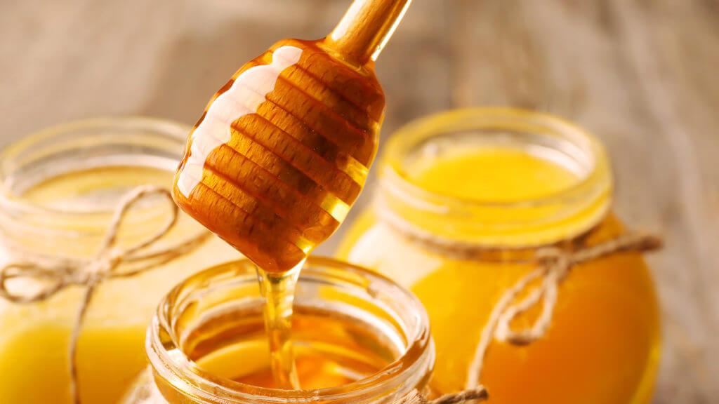 Hausmittel gegen Akne: Honig
