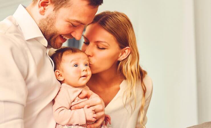 7 Tipps für Eltern bei Neurodermitis beim Kind
