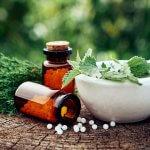 Homöopathie bei Rosacea – Was hilft wirklich?