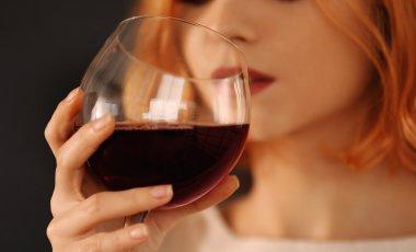 Rosacea durch Alkohol – warum du Alkohol unbedingt meiden solltest!